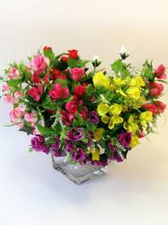 Букет бутонов роз с добавками 16 г. выс. 32 см